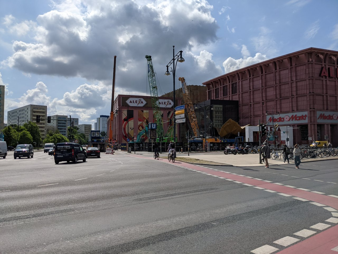 Alexa-Hochhaus-Baustelle.jpg