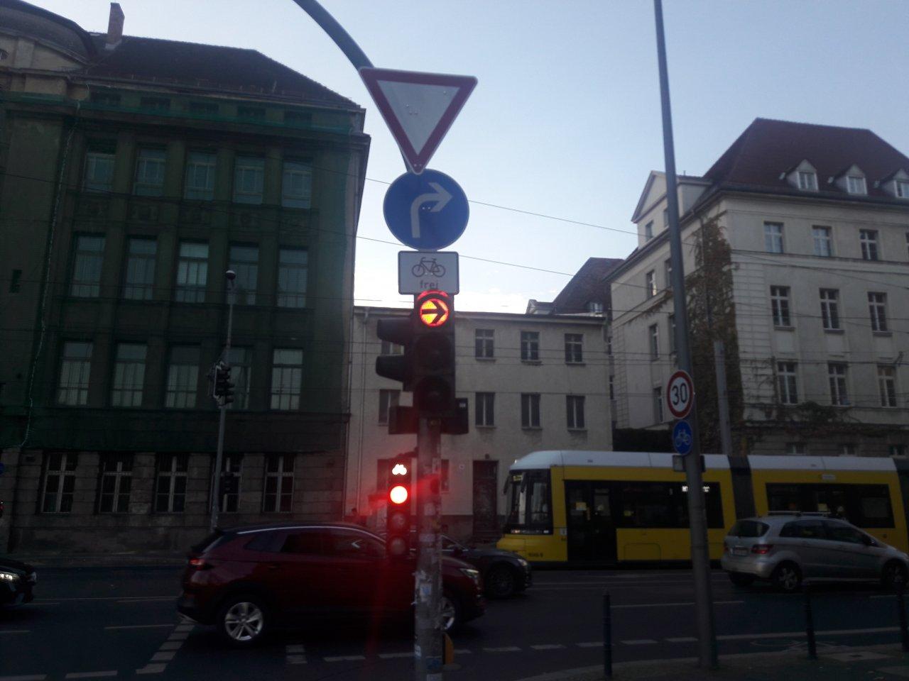 Charité-Neubau.jpg
