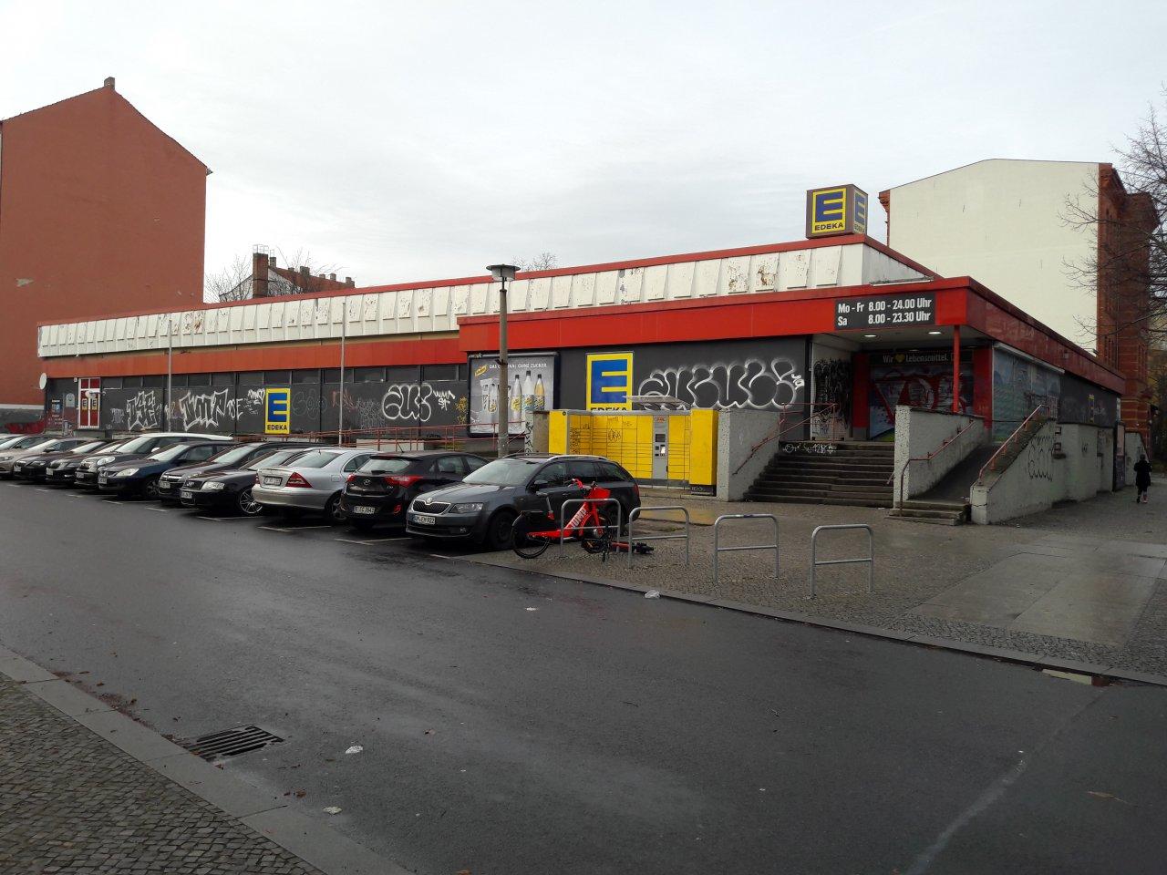 Edeka-Fürstenberger-Strasse-Berlin.jpg