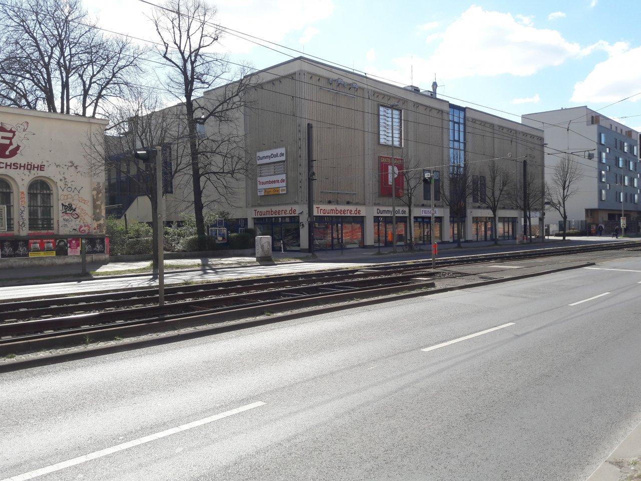 Landsberger-Allee-Kino.jpg