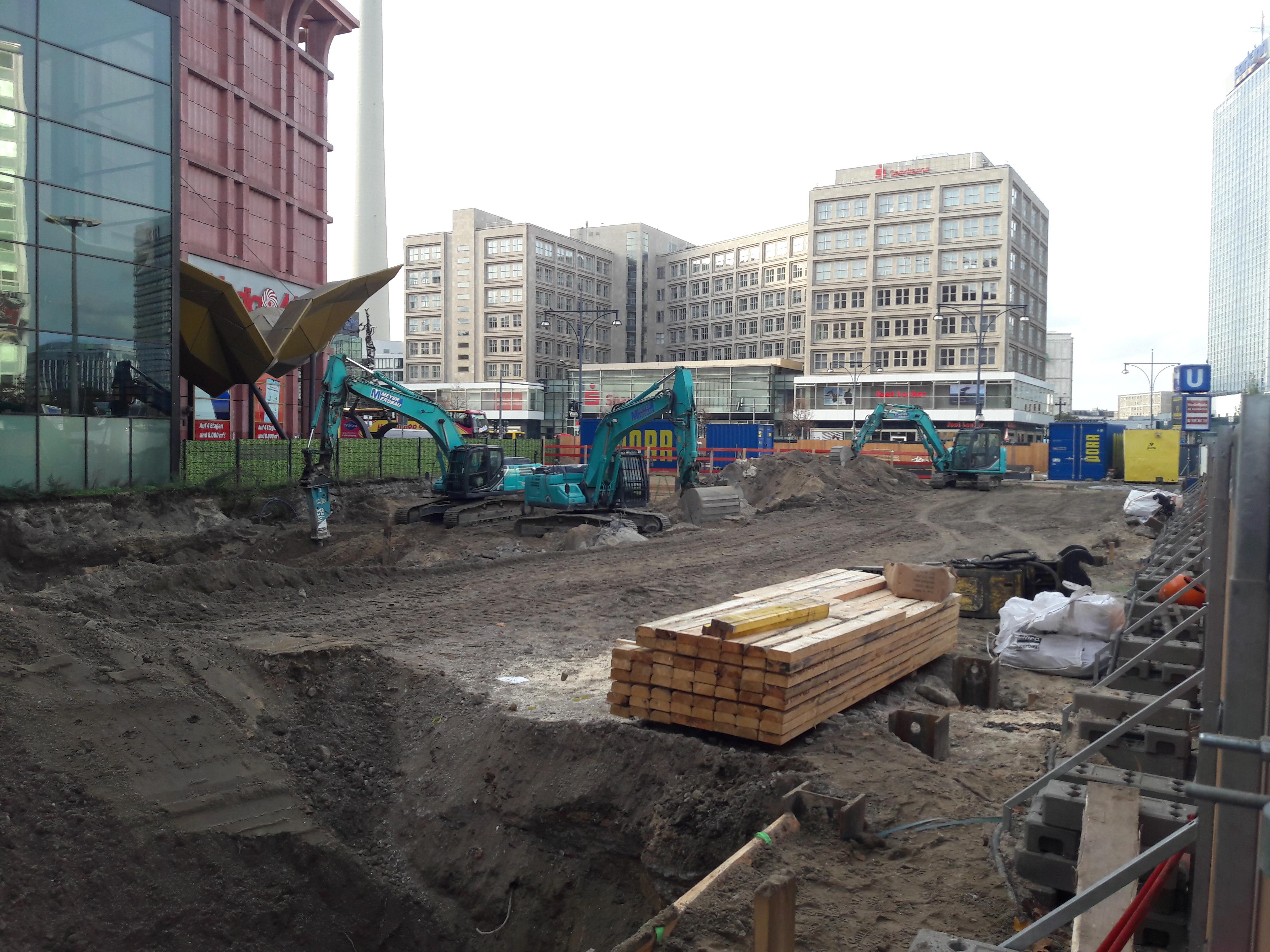 Monarch-berlin-alexanderplatz.jpg