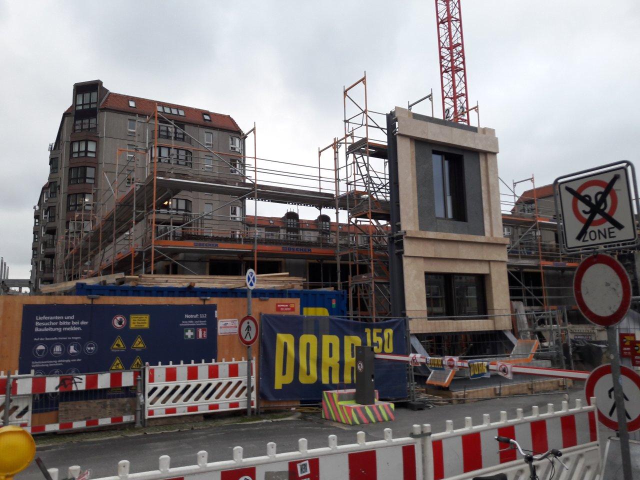 Musterfassade-Palais-Brandenburger-Tor-Berlin.jpg
