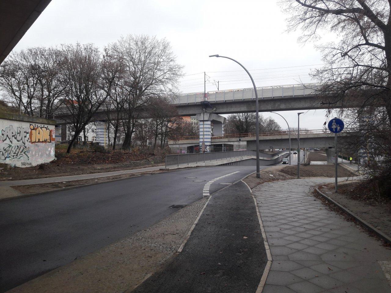 S21-Anschluss-Ringbahn-Berlin.jpg