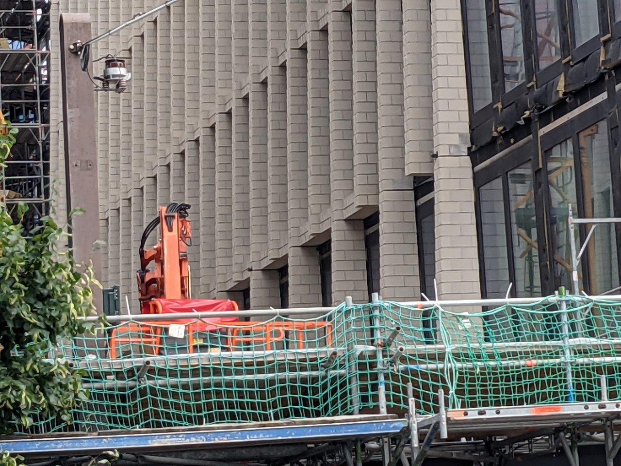 Tacheles-Bauprojekt-Fassade.jpg